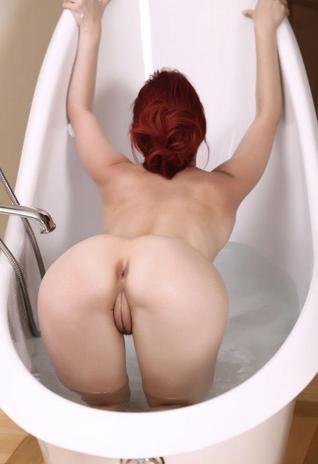 В помытую попку