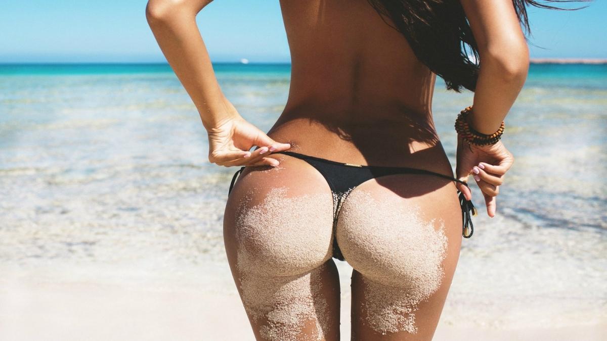 пляжные секси попки